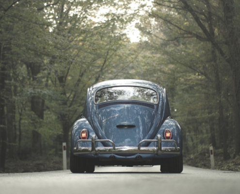Circolare con auto d'epoca e auto storica - Riparando